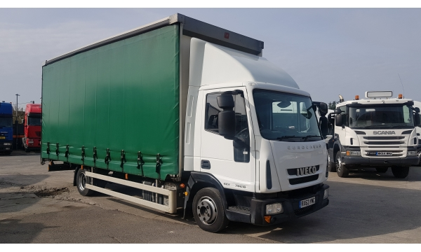 2013 Iveco 75E18 Eurocargo 20ft curtain